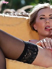 Sammi Tye strips and plays with herself outdoor